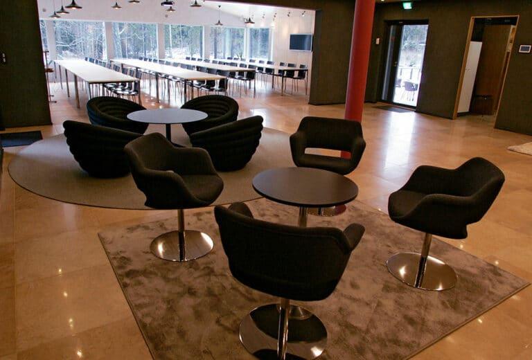 paatalon-kokoustilat-lounge